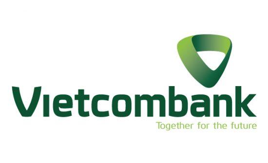 Sinh viên vay vốn tại ngân hàng Vietcombank