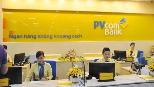 Mở thẻ tín dụng PVcombank tại quầy giao dịch ngân hàng