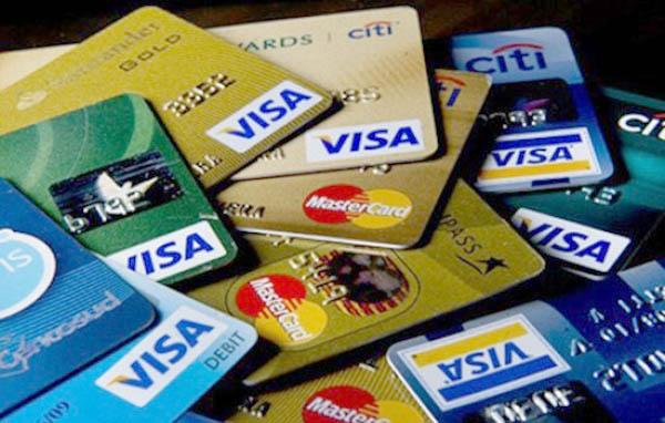 Tại sao nên đáo hạn thẻ tín dụng