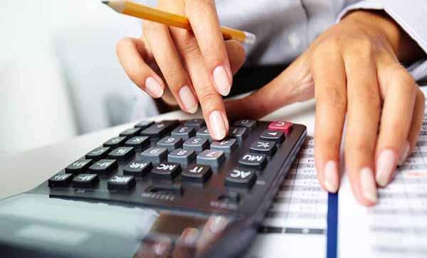 Khách hàng hoàn toàn có thể rút tiền tiết kiệm trước thời hạn