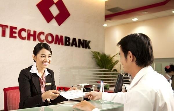 Làm thẻ Visa tại PGD Techcombank
