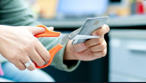 Không kích hoạt thẻ tín dụng FE Credit