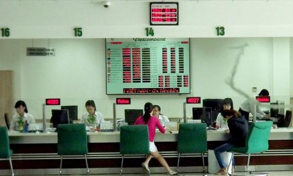 Mở khóa thẻ ATM Vietcombank tại PGD