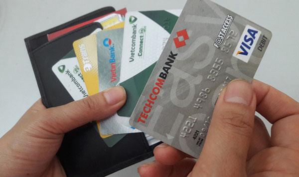 Thẻ ATM sẽ giúp khách hàng quản lý tài chính tốt hơn