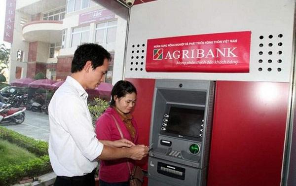 Tra cứu số tài khoản Agribank tại cây ATM