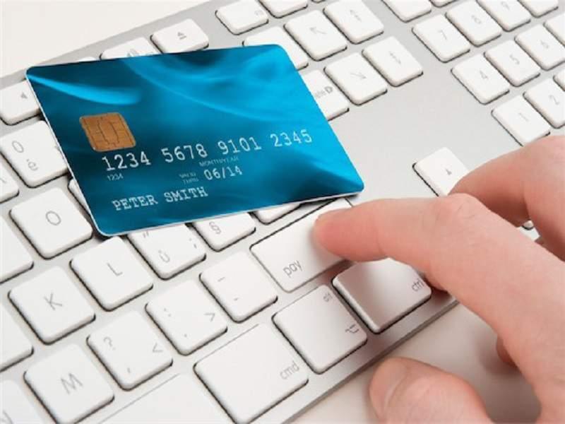 Lưu ý khi vay tiền qua thẻ tín dụng