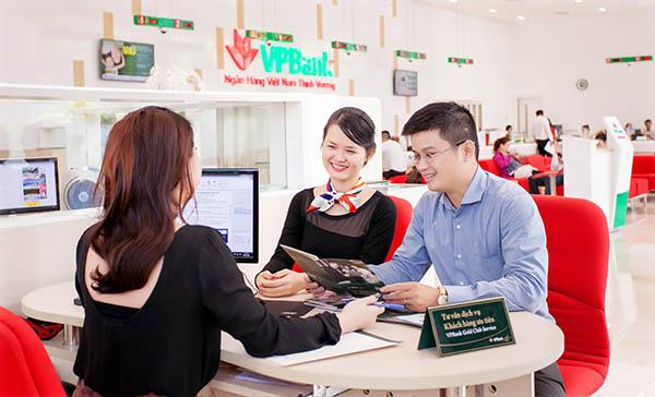 Lãi suất vay tín chấp theo lương VPBank khá ưu đãi