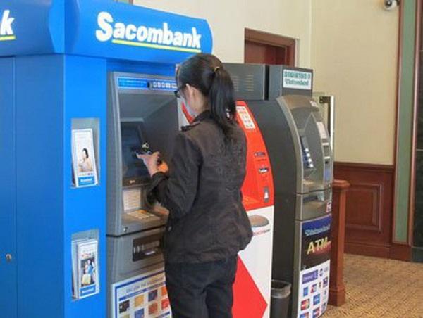 Cách chuyển tiền SacomBank tại cây ATM
