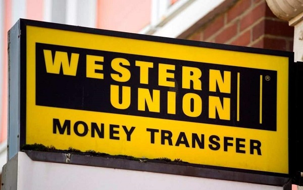 Phí chuyển tiền từ nước ngoài về Việt Nam bao nhiêu?