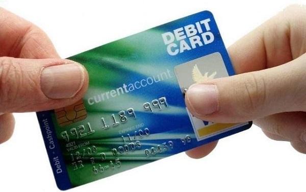 Thẻ Debit là gì?