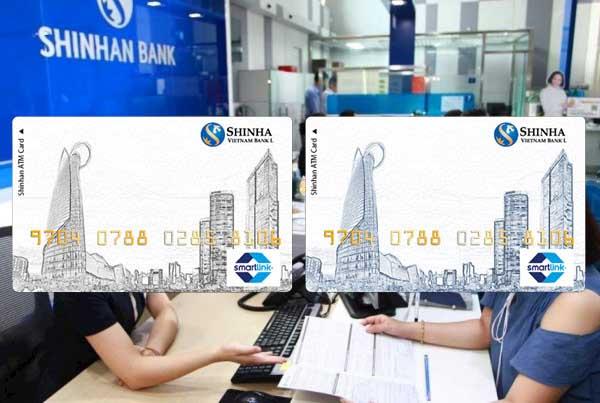 Mở thẻ Visa ngân hàng Shinhanbank tại quầy giao dịch