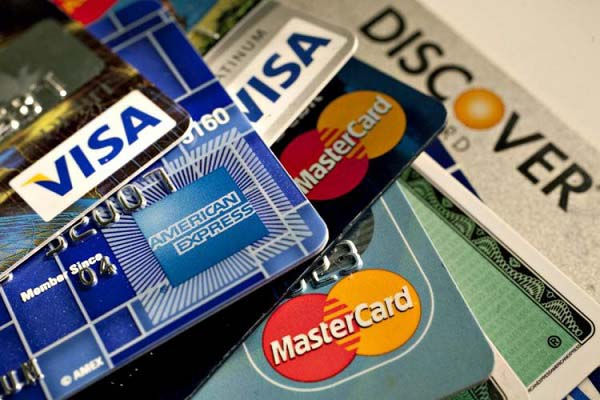 Phân biệt thẻ Visa và Mastercard