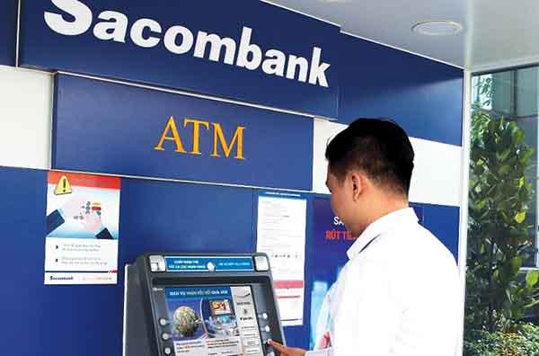 Hướng dẫn cách rút tiền mặt thẻ ATM ngân hàng SacomBank