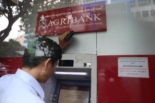 Thẻ AgriBank có chuyển tiền cho VietinBank được không?