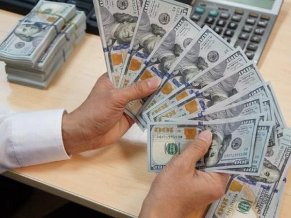 Đổi tiền Đô tại ngân hàng