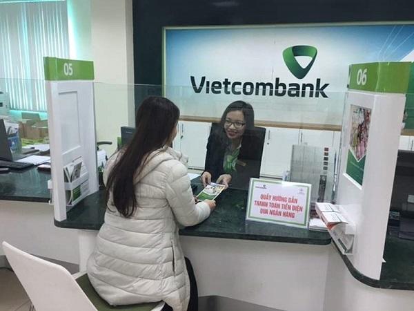 Cách nhận tiền từ nước ngoài qua thẻ Visa VietcomBank