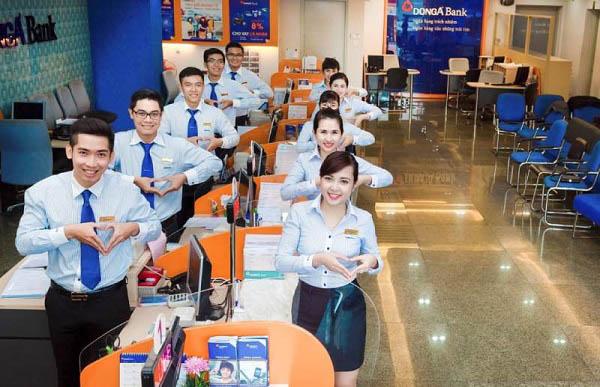 Thẻ Đông Á Bank rút được tiền ở cây ATM ngân hàng nào