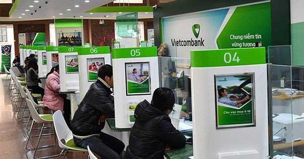 Khách hàng có thể mua bán ngoại tệ tại chi nhánh của Vietcombank