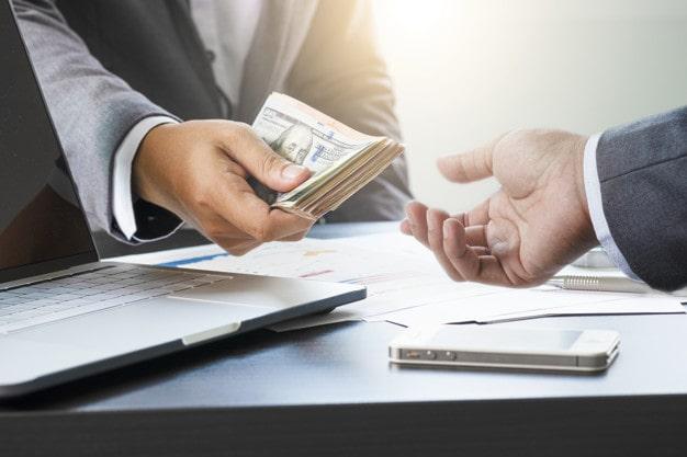 Lựa chọn ngân hàng có tỷ giá USD tốt để có thể mua/bán mang lại lợi nhuận cao