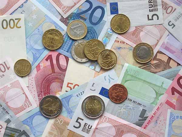 Đồng tiền Euro bằng bao nhiêu tiền Việt