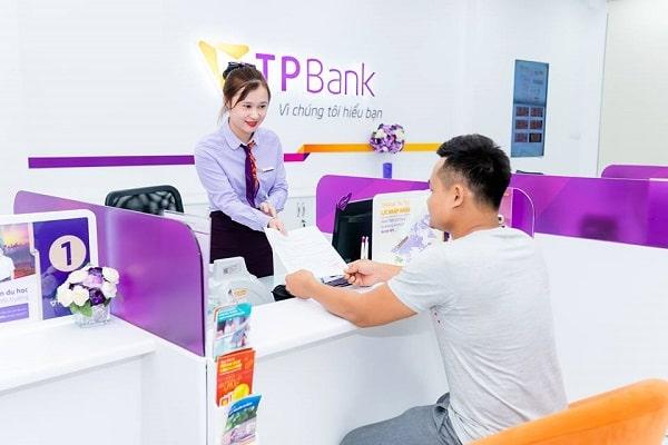 Ngân hàng TPBank có khung giờ làm việc chính từ thứ 2 đến hết ngày thứ 7