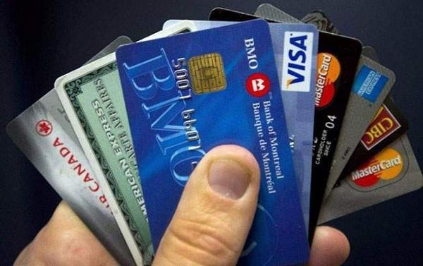 Cần làm gì để không bị tính lãi suất thẻ tín dụng?
