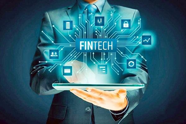 Vì sao công nghệ Fintech hoạt động mạnh mẽ?