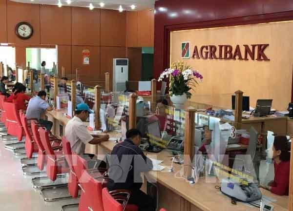 Đăng ký tại chi nhánh/phòng giao dịch ngân hàng