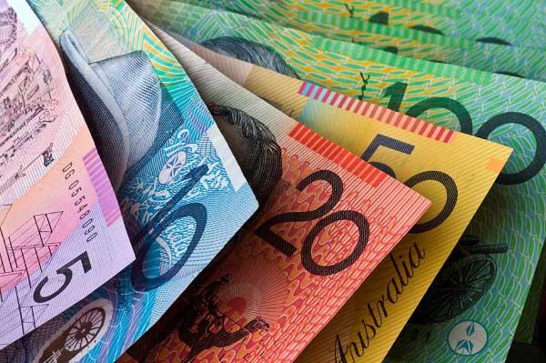 Đổi tiền Đô la Úc ở chợ đen được không?
