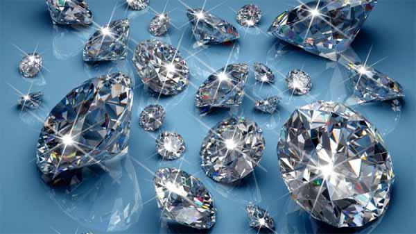 Có nên mua kim cương PNJ?