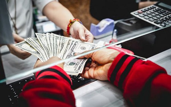 Chuyển tiền qua tổ chức có dịch vụ tài chính bưu chính quốc tế