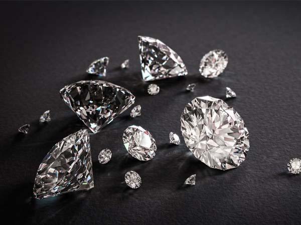 Các yếu tố hình thành giá kim cương nhân tạo