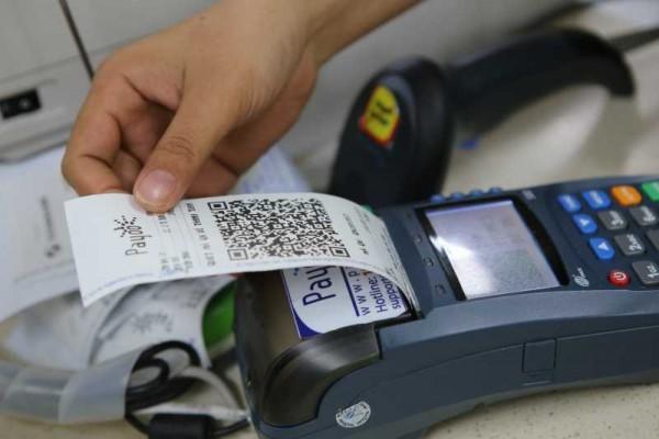Lắp máy POS ngân hàng nào phí thấp nhất hiện nay?