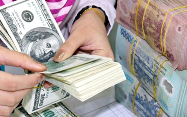 Phí chuyển đổi ngoại tệ ngân hàng nào cao nhất, thấp nhất?
