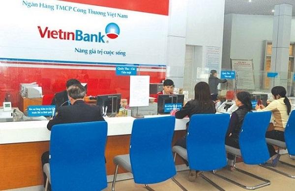 Đến trực tiếp chi nhánh/phòng giao dịch ngân hàng