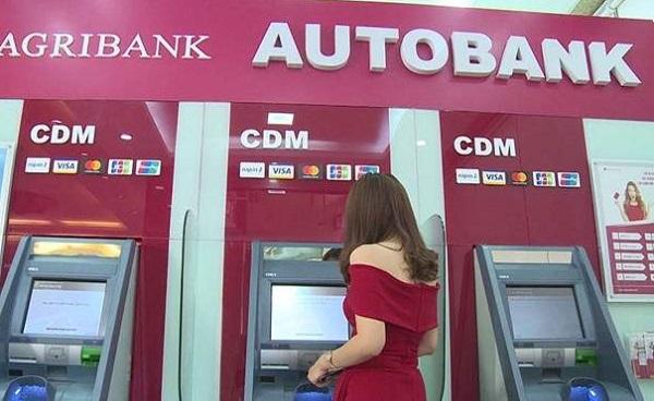 Rút tiền thẻ ATM AgriBank vượt hạn mức được không?