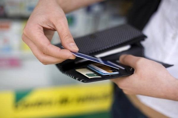 Vì sao thẻ ATM bị trầy xước, mất số, mất thông tin?
