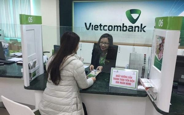 Thủ tục làm thẻ tín dụng quốc tế VietcomBank Visa Platinum