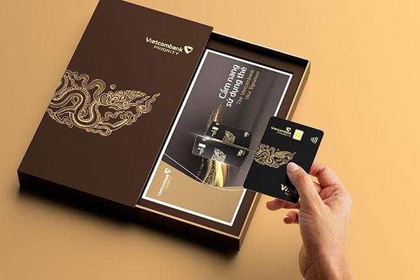 Thủ tục mở thẻ Priority không phức tạp khi đáp ứng đủ điều kiện làm thẻ