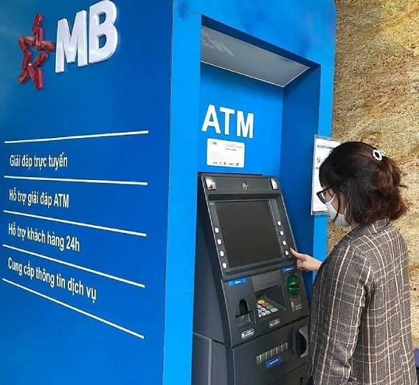 Sao kê ngân hàng MB từ cây ATM MBBank nhanh, đơn giản